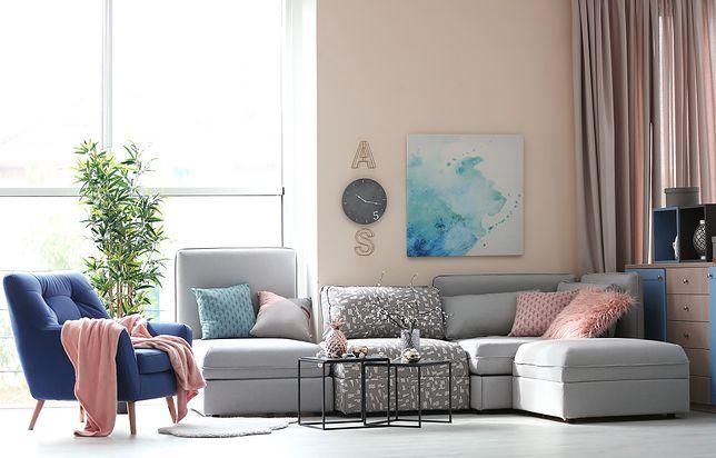 Poznaj sposoby na modne wykończenie ścian w mieszkaniu.