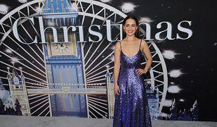 """Emilia Clarke na premierze """"Last Christmas"""". Wyglądała olśniewająco w skromnej sukni"""