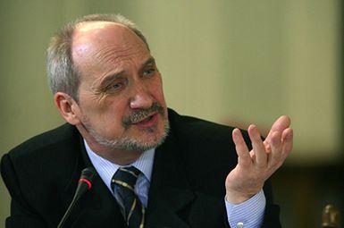Macierewicz wiceministrem obrony narodowej