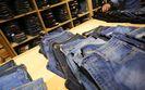 Amerykanie mają w szafie coraz mniej dżinsów. Znany producent przerzuca się na dresy