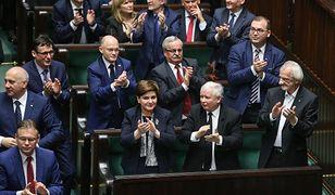 Ustawa budżetowa zwykle trafiała na biurku prezydenta w konstytucyjnym terminie - 4 miesięcy od pojawienia się w Sejmie projektu.