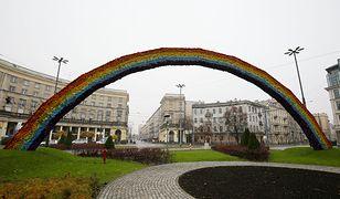 Warszawa. Tęcza znów na placu Zbawiciela. Znamy powód