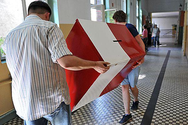 Wciąż tylko jeden protokół z głosowania do sejmiku dolnośląskiego