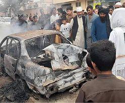 """""""To była zwykła rodzina"""". Wstrząsająca śmierć 10 osób w Kabulu"""