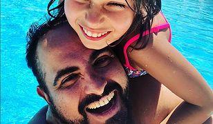 Agustin Egurrola zabrał córkę na wakacje. Carmen ma już 10 lat