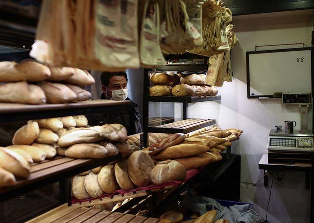 Koronawirus w Polsce. Sprzedaż chleba spada.