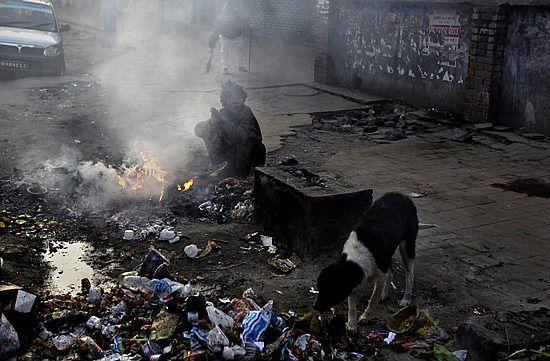 Niełatwa młodość na ulicach Katmandu - zdjęcia