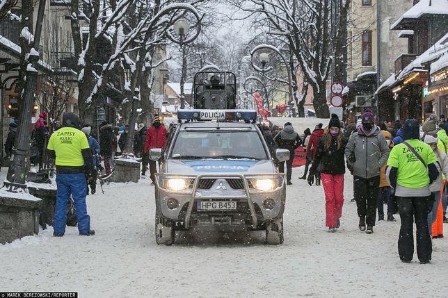 Koronawirus w Polsce. Szykuje się powtórka imprezy w Zakopanem? Niedzielski o kontrolach