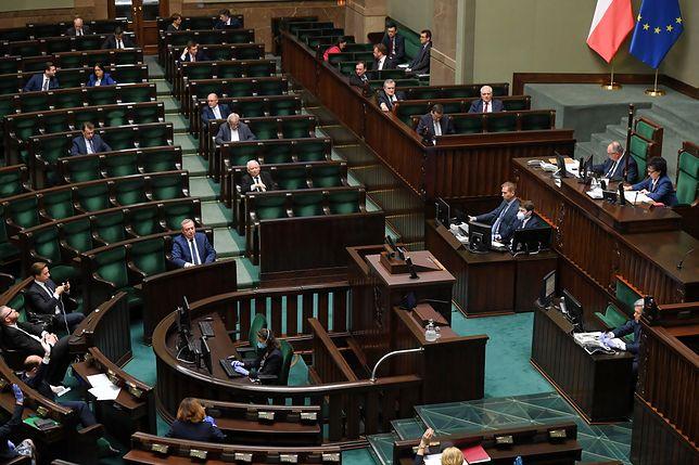Koronawirus w Polsce. Wystąpienie premiera Mateusza Morawieckiego i obrady Sejmu