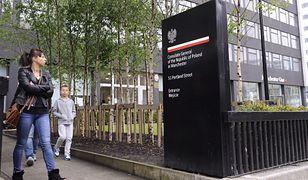 """Interwencja policji w polskim konsulacie w Manchesterze. """"Podejrzani mężczyźni"""""""