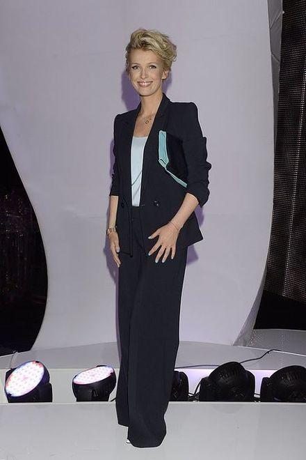 Magda Mołek w garniturze