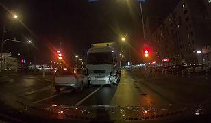 Wypadek w Warszawie. Mężczyzna jest w rękach policji.