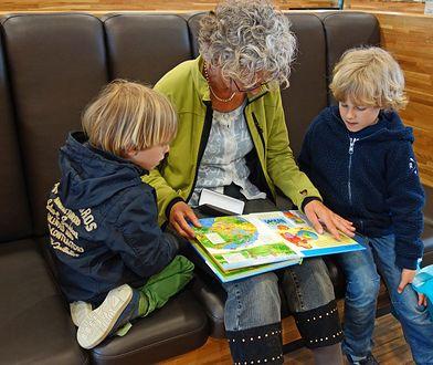 Dziadkowie i babcie coraz częściej odmawiają opieki nad wnukami