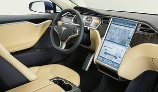 Kierowcy boją się nowych technologii w autach