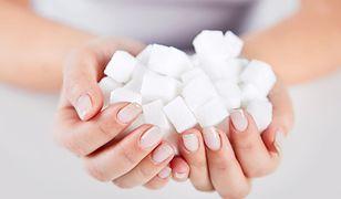 Sprawdzone sposoby, jak wyeliminować cukier z diety