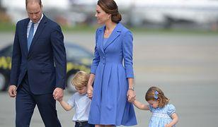Księżna Kate na pożegnanie z naszym krajem wybrała błękity. I kolejny polski akcent!