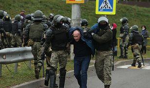 Białoruś. Protesty w Mińsku. Brutalne starcia milicji z demonstrantami, setki zatrzymanych