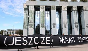 """""""Der Spiegel"""" o Polsce: pucz w Sądzie Najwyższym"""