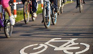 Na ścieżkach rowerowych też obowiązują przepisy