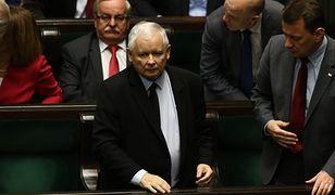 Jarosławowi Kaczyńskiemu bardzo zależy na tym projekcie. Część posłów PiS jest przeciwna