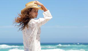 Sukienka w stylu boho to idealna propozycja na letni wyjazd