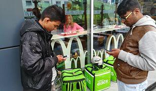 Hinduscy dostawcy czekają na zlecenia