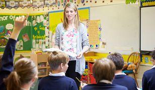 Im ładniejszy nauczyciel, tym uczniowie osiągają lepsze wyniki w nauce
