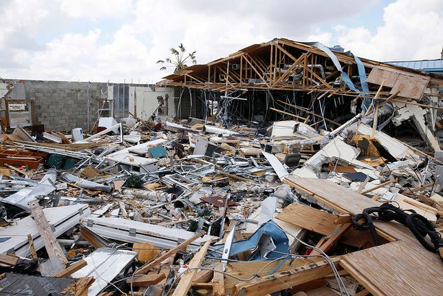 Huragan Dorian zniszczył tysiące budynków na Bahamach
