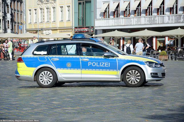 Niemiecka policja ściga kilkuset prawicowych ekstremistów