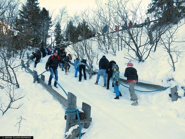 Zejście na Morskie Oko w środku zimy, EAST NEWS