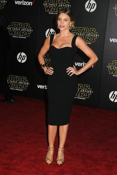 Aktorka w seksownej sukience