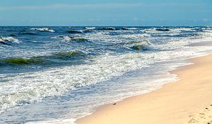 Bałtyk: Sinice wreszcie ustępują? Jeżeli planujesz wyjazd nad morze, sprawdź, które kąpieliska są już otwarte