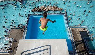 Niemcy. Grupa wyrostków sterroryzowała kąpielisko w Dusseldorfie