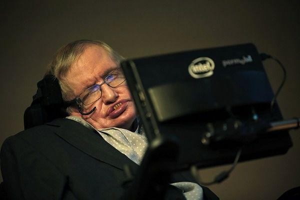 Stephen Hawking : w szkole nie byłem prymusem