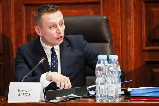 """Zdaniem Krzysztofa Brejzy, podpisanie umowy koalicyjnej przypominało spektakl pod """"publiczkę"""""""