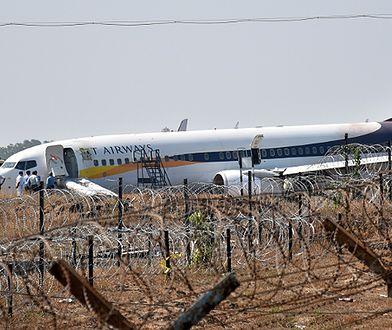 Samolot linii Jet Airways wypadł z pasa podczas próby startu