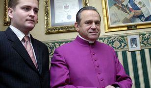 W 2006 r. Olchowik był prezesem Instytutu ks. prałata Henryka Jankowskiego i bliskim współpracownikiem duchownego
