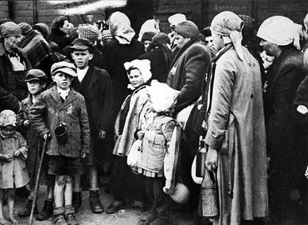 Włoska agencja o Auschwitz: polski obóz zagłady