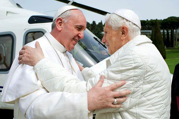 Papież Franciszek spotkał się z papieżem-emerytem