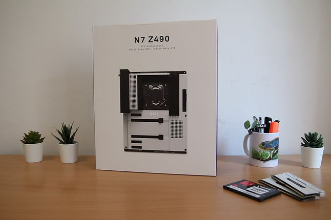 711422
