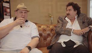 Wini i Krzysztof Krawczyk podczas wywiadu zamieszczonego na kanale rapera