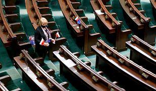Sondaż. Polacy ocenili prezydenta, Sejm, Senat i Kościół