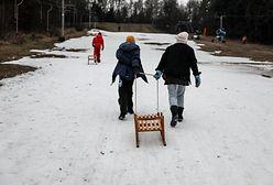 Współcześni dziadkowie nie chcą się zajmować wnukami. A mają obowiązek?