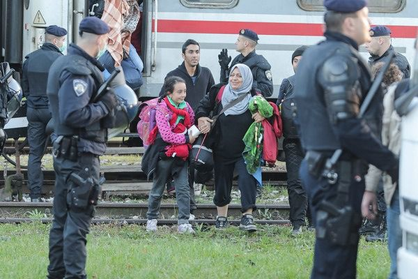 Niemiecki rząd utrzyma kontrole na granicy z Austrią, Bawaria zadowolona