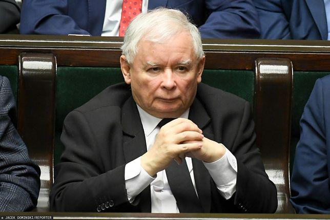 Prezes PiS Jarosław Kaczyński nie wypełnił rejestru korzyści. Nie zrobili tego również inni posłowie