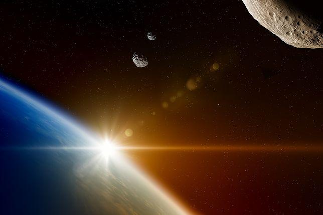 NASA alarmuje: 16 asteroid minie Ziemię w tym tygodniu