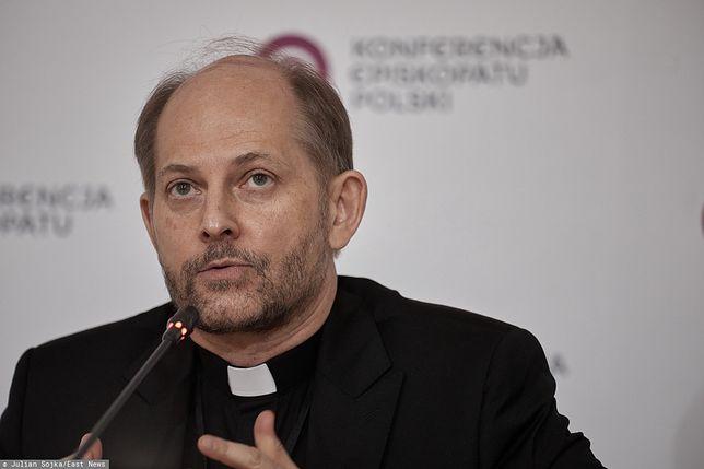 Cmentarze zamknięte. Rzecznik Konferencji Episkopatu Polski ks. Leszek Gęsiak zabrał głos