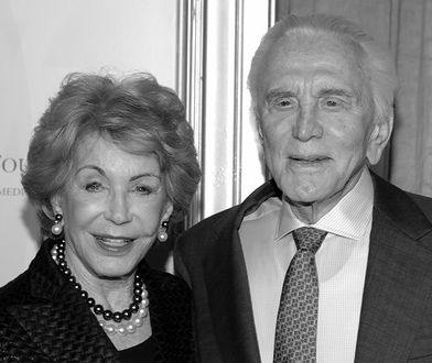 Nie żyje Anne Douglas. Wdowa po Kirku Douglasie miała 102 lata
