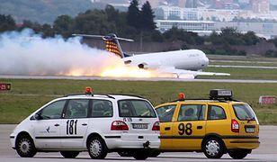 Samolot z 80 osobami awaryjnie lądował w Niemczech