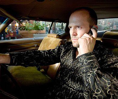 Rośnie liczba mandatów za korzystanie z telefonu podczas jazdy